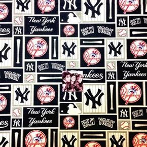 MLB Baseball New York Yankees Logo Navy Squares 18x29 Cotton Fabric