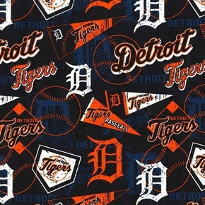 MLB Baseball Detroit Tigers Distressed Look 2018 18x29 Cotton Fabric